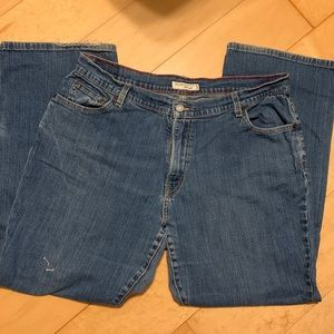 LEVIS relaxed bcut Jeans! Great condition! 18S
